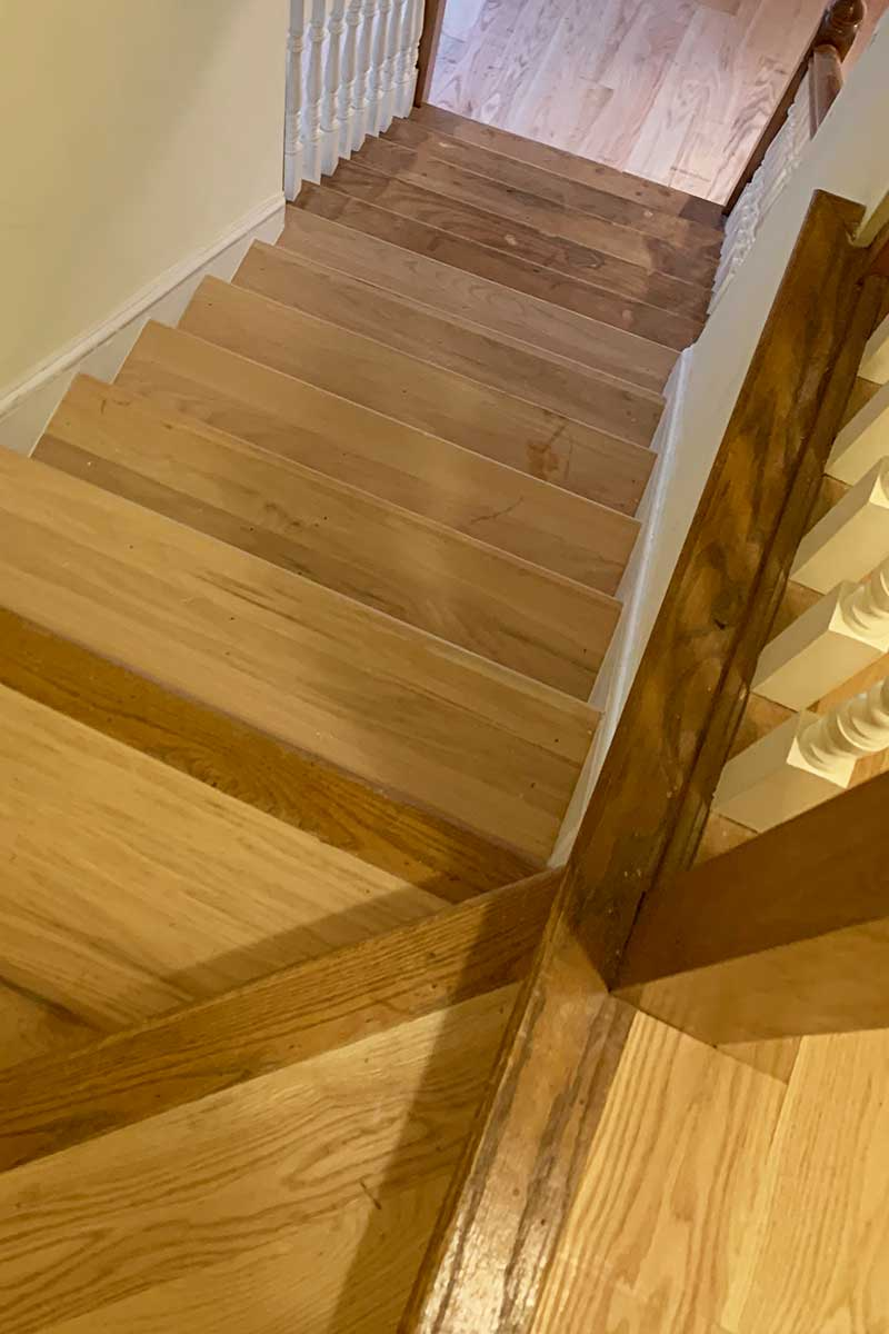 hardwood-flooring-stairs-02