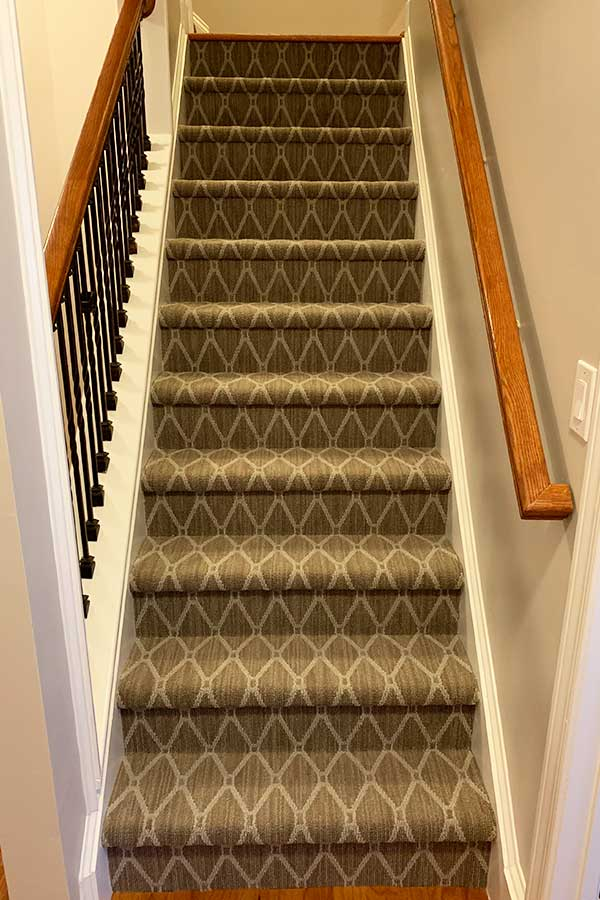 stair-runner-installation-company-in-marietta-ga-01